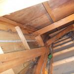 3階天井裏壁 蟻道