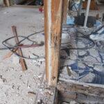 シロアリの被害 洗面所柱